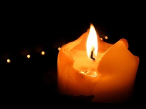 Interpretazione della Fiamma delle Candele candela_fiamma_2_80_1.jpg (Art. corrente, Pag. 1, Foto normale)